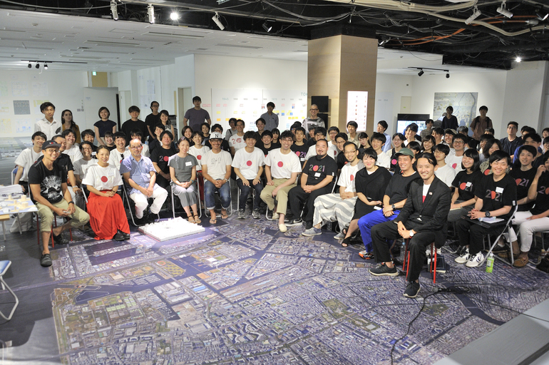 TOKYO 2021建築展『課題』集合写真 Photo by 三ツ矢光久