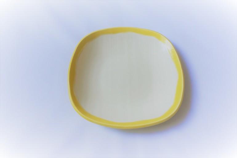 ★食卓が明るくなるおしゃれなお皿2枚セット★