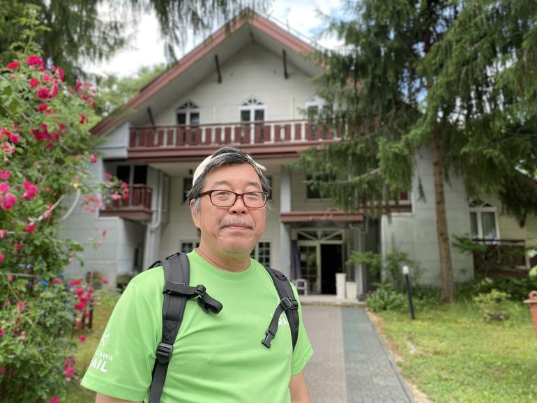 ケリエ山荘新支配人、足立泰夫(60)石川県金沢市出身。
