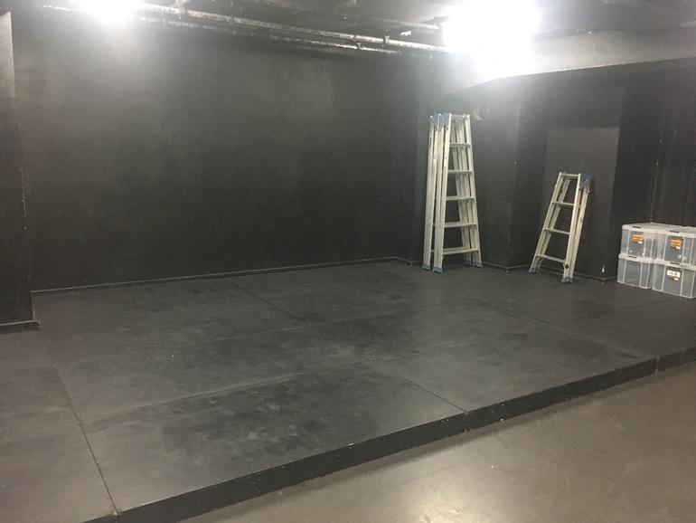 劇場内舞台